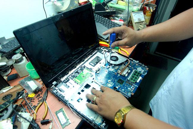 Dịch Vụ Sửa Laptop Quận 2 Uy Tín – Chuyên Nghiệp – Nhanh Chóng