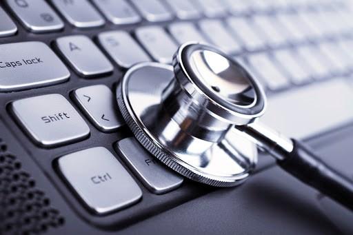 Khám chữa mọi vấn đề của laptop để khách hàng có thể tiếp tục sử dụng