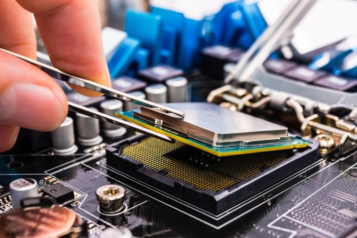 Sửa chữa máy tính tại nhà đòi hỏi nhân viên kỹ thuật có tay nghề giỏi