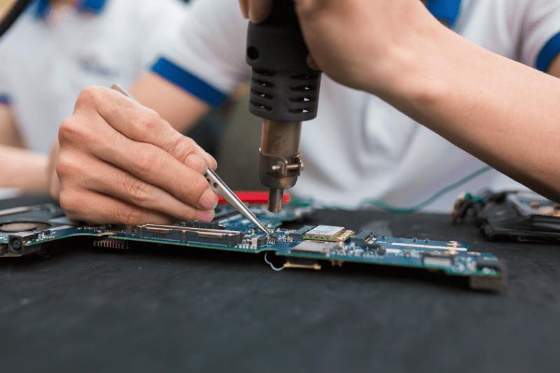 Sửa Laptop Quận 5 Giá Rẻ - Chuyên Nghiệp Chỉ Có Tại Máy Tính Vàng